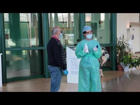 Napoli - Navi Aperte sulla Msc Fantasia (03.04.12) from YouTube · Duration:  1 minutes 50 seconds