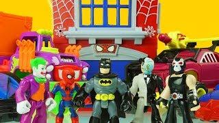 SPIDERMAN & BATMAN vs BANE, TWO FACE & JOKER superhero toys