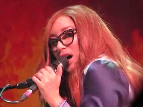 Tori Amos St. Paul, MN 24 October 2017 Part 1