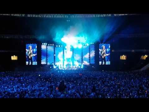 "ELO Wembley 24th June 2017 ""Mr Blue Sky"""