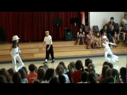 Caleb(9), Anna(8), & Katie Cook(6) Talent Show at Kelsey Norman Elementary School