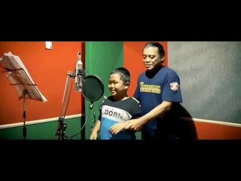 tatu.-penyanyi.-:-arda-feat-didi-kempot