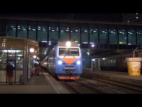 Ленинградский вокзал в Москве вокзал отправления поездов