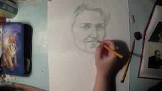 Портрет бабушки в молодости.