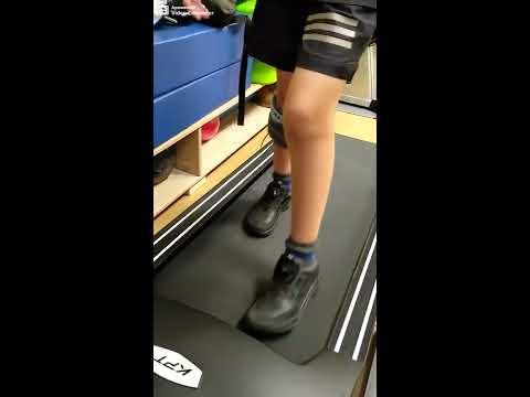 Обучение ходьбе с нейро-ортезом WalkAide. Подготовка к реабилитации в домашних условиях.