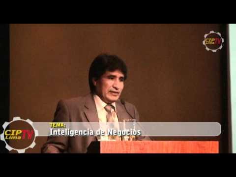 """Conferencia Magistral """"Inteligencia de Negocios"""" realizada el """"Día de la Ingeniería en el Perú""""."""