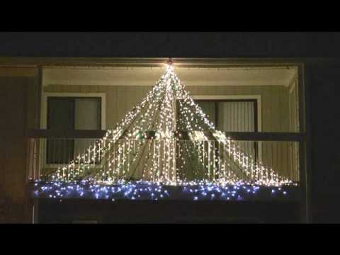 Synchronized Musical Christmas Lights