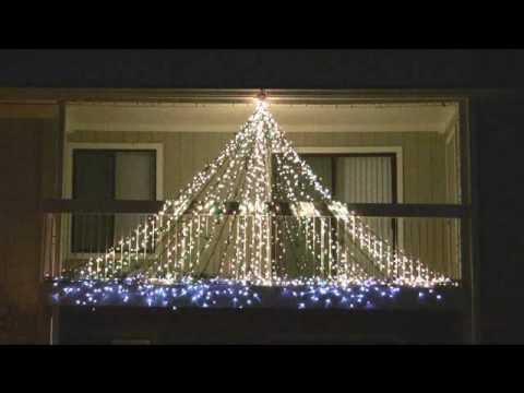 Synchronized Musical Christmas Lights