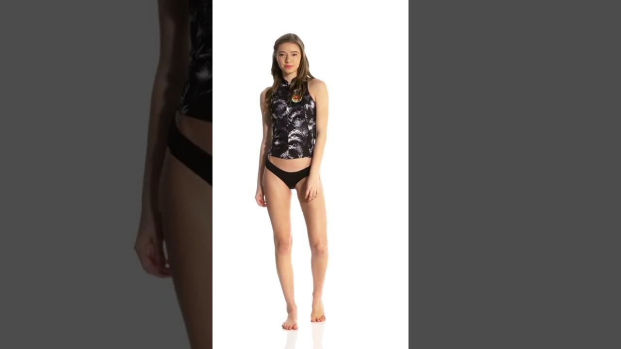 Billabong Women s 1mm Palm Print Surf Capsule Salty Dayz Front Zip Wetsuit  Vest  c52991a28