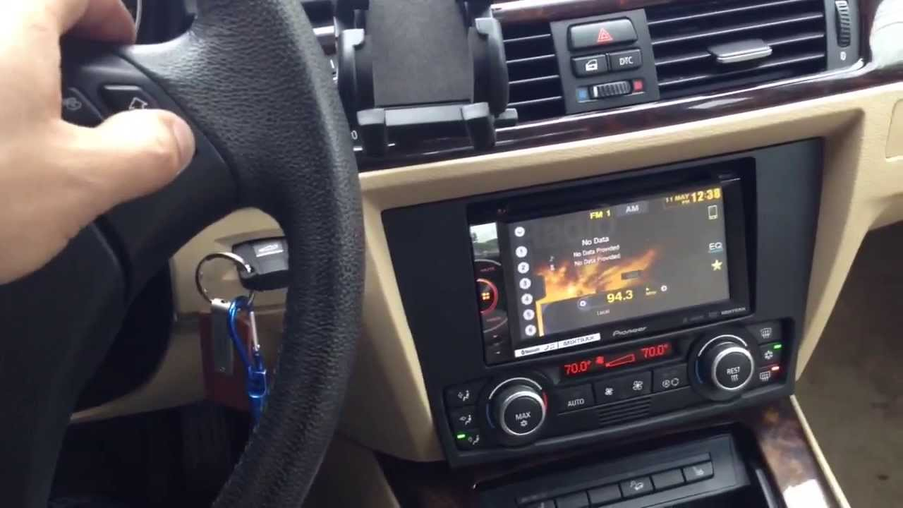 Bmw 3 Series 2008 With Pioneer Double Din Radio Youtube
