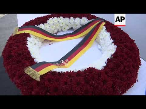 Steinmeier lays wreath at Martyrs' Square in  Beirut