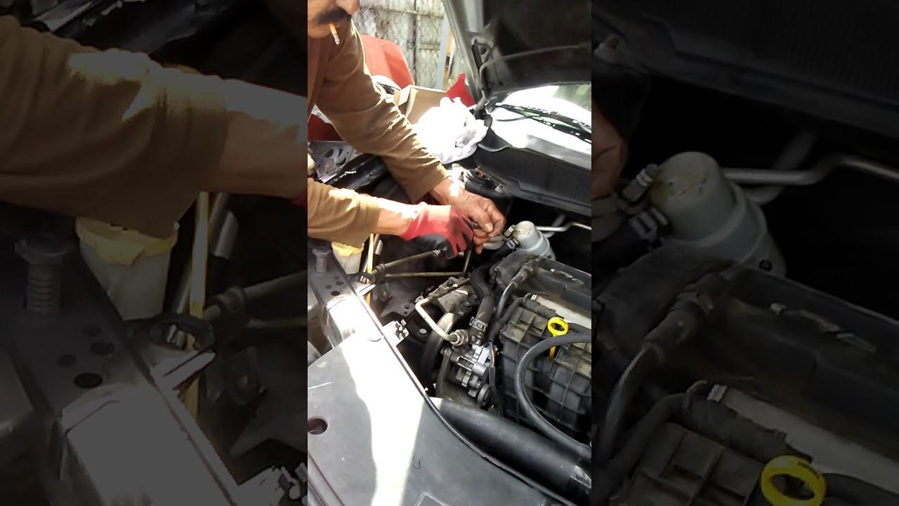 Cambiar La Bomba De Agua De Un Dodge Avanger 2008 Youtube