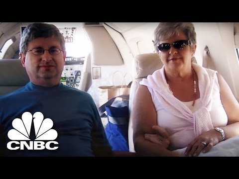 'Sticky Fingers' | 'Life In The Fraud Lane' | American Greed | CNBC Prime