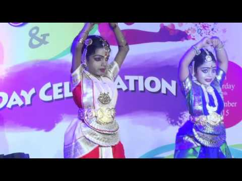 Rudra Lakshmi and team Bomma bomma