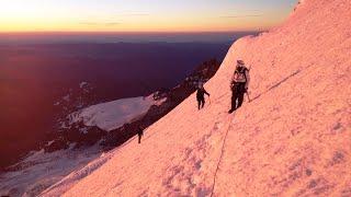 climbing mount rainier via emmons winthrop glacier