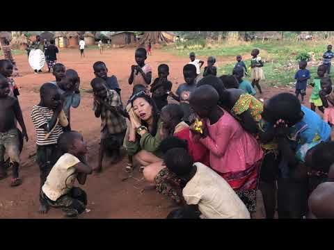 BEHIND THE SCENES in GULU: Distracting kids from Music Video shoot