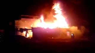 Un incendio consumió tres madereras, Villa El Salvador (VES). 2P