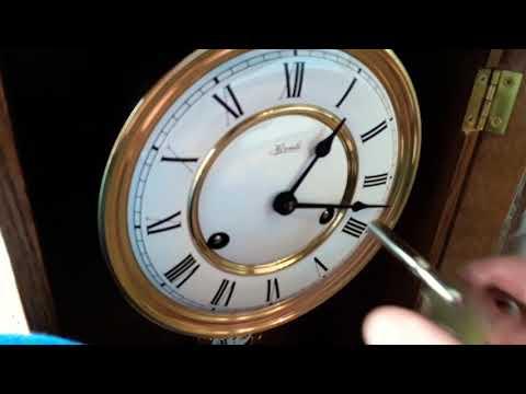 Часы Немецкие с боем механические. . FRANZ HERMLE.