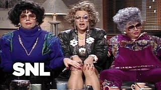 Coffee Talk: Liz Rosenberg and Barbra Streisand - SNL