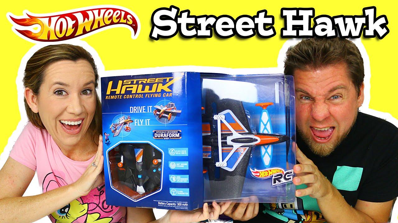 hot wheels rc street hawk flying car youtube. Black Bedroom Furniture Sets. Home Design Ideas