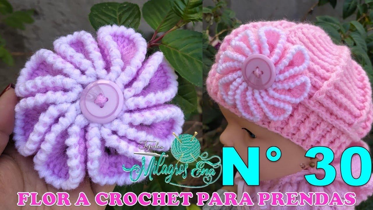 Flor tejida a crochet en puntos altos y cangrejo para aplicar en boinas gorros, vinchas y ponchos