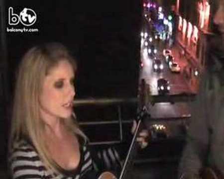LUAN PARLE - FREE (BalconyTV)