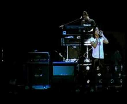 Dewa19 - Cinta Kan Membawamu Kembali (Live)