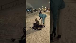 С горки на снегокате