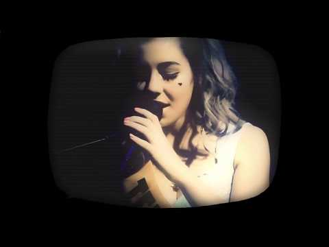 "MARINA AND THE DIAMONDS | ""TEEN IDLE"" LIVE"