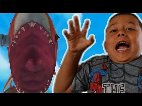 TIGER SHARKS ARE SCARY!?!?! Hungry Shark World (iOS/Android) Gameplay