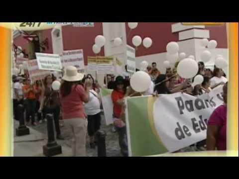 Marcha A Favor de Fortuño por Facilitadores de Educación Especial