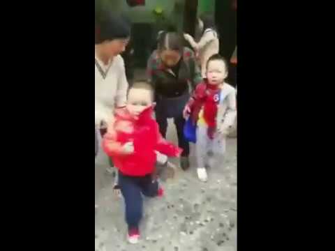 重庆市巴南区鱼洞幼儿园儿童被砍...