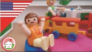 Playmobil Movie English Anna Uses the Potty  - The Hauser Family