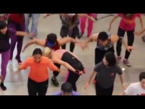 Piloxing in Manila
