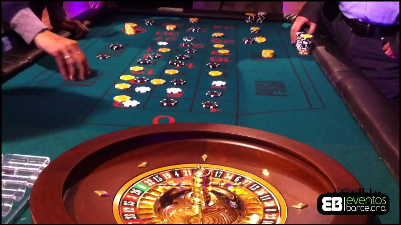 Modernes Casino an der Küste Barcelonas