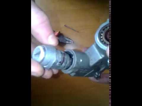 как снять замок зажигания на фольксваген транспортер т4