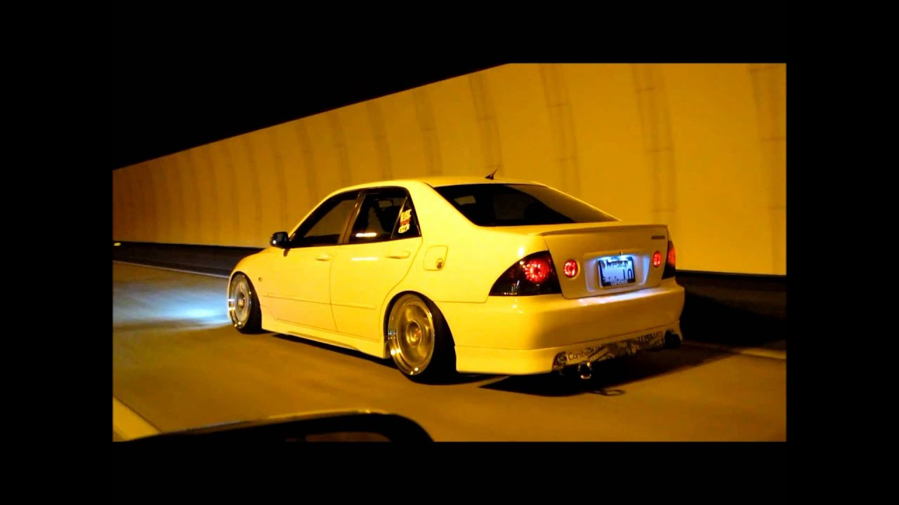 Attirant Hellaflush Altezza JDM   YouTube