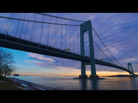 Colorful clouds over the Verrazano Bridge in ULTRAHD 4K! (REAL TIME)