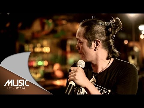 Anda Perdana - Dizzy Miss Lizzy (The Beatles Cover) (Live at Music Everywhere) *