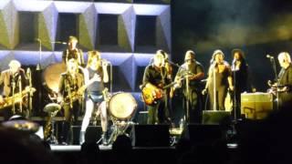 PJ Harvey - The Community Of Hope (feat. Anacostia's Union Temple Baptist Church Choir) (7-21-17)