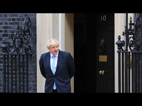 Johnson 'won't back down' on Brexit