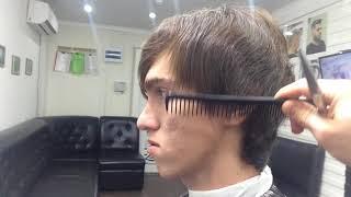 Мужская стрижка на  длинный волос .