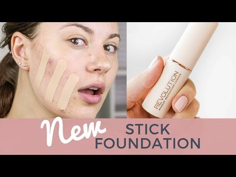 MAKEUP REVOLUTION FAST BASE FOUNDATION REVIEW