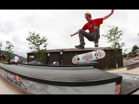 Manual Skate Contest Finals - Red Bull Manny Mania 2012 USA