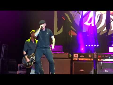 Dropkick Murphys - The Gang`s All Here Live Coney Island NYC 6. August. 2017