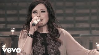 Kari Jobe - Let The Heavens Open (Live)
