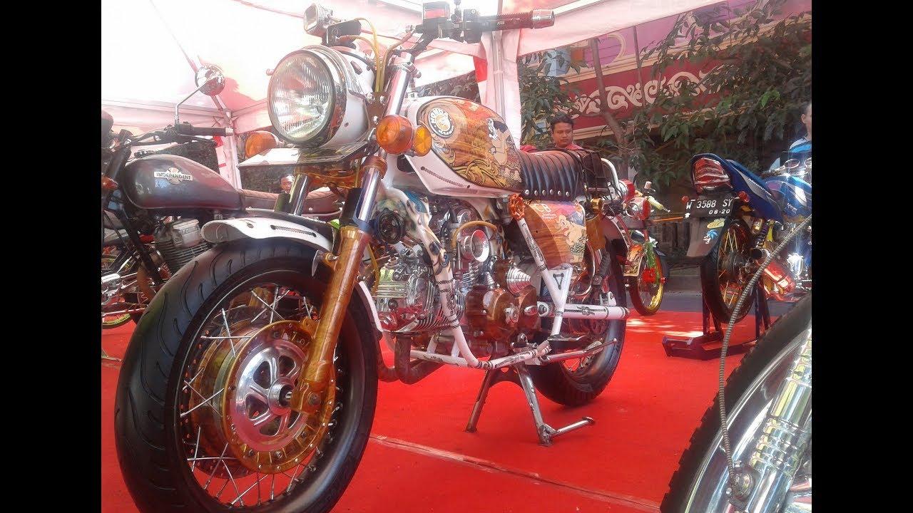 Modifikasi Extreme Honda CB Kontes Mesin Dua Silinder Full Custom