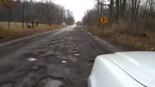 Американец увидел кусок российской дороги у себя на родине - реакция.