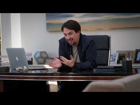 Curb Your Enthusiasm: Power of the Desk