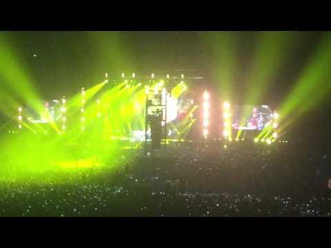Coldplay  A Head Full of Dreams   Yellow en Lima Peru 2016